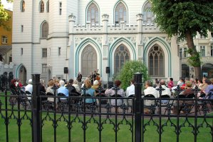 Jazz in Old Town at the Small Guild Hall Garden