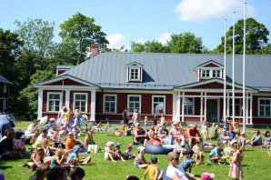 Musical breakfast mornings at Sigulda Castle